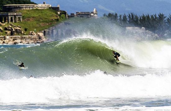 Surfing - Naufragados