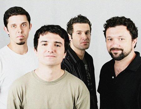 Aeroilis Band
