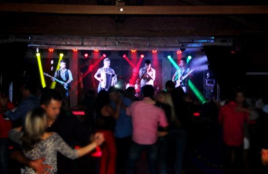 Eskondidinho Deck Bar