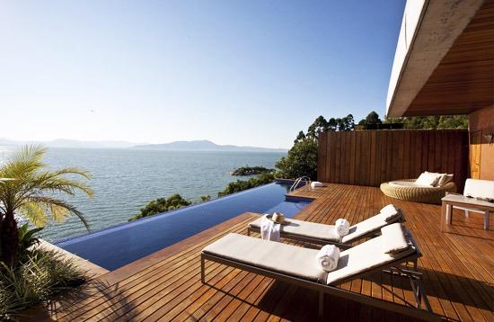 Ponta dos Ganchos Five Stars Resort Hotel