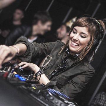 DJ Aline Rocha